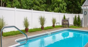 EZ Fence2Go Vinyl Fence surrounding a swimming pool image