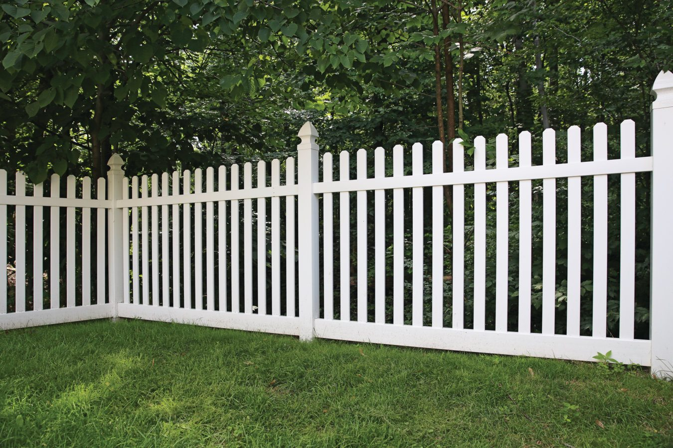 ActiveYards Silverbell Haven Series Vinyl Fencing in White