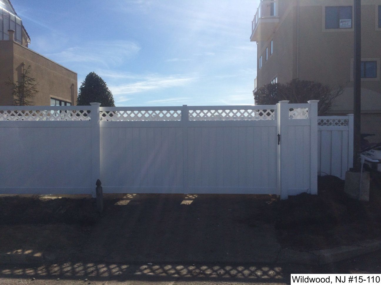 Vinyl Faced Rolling And Swinging Gates Photo Gallery